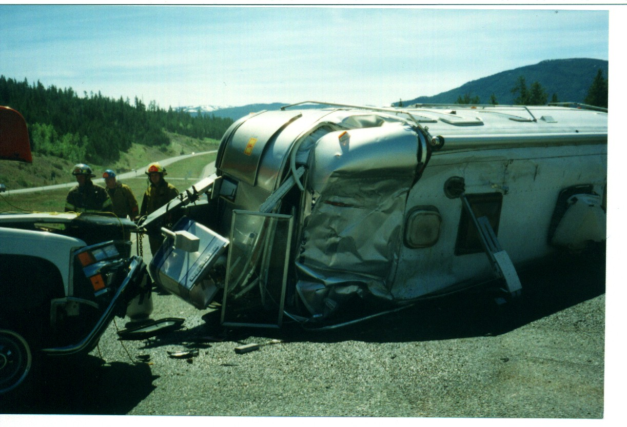 Travel trailer sway accident